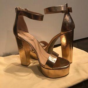 Rose Gold Size 8 Nicole Miller Platform Heels